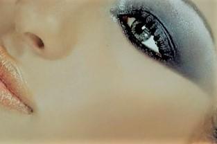 El uso de corrector en el maquillaje social